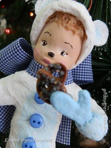 Очередной ватный малыш, в костюме белого медвежонка. фото 5