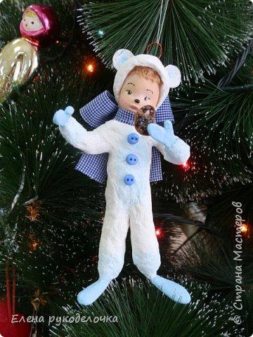 Очередной ватный малыш, в костюме белого медвежонка. фото 6