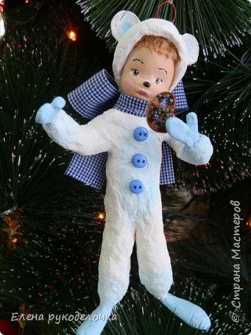 Очередной ватный малыш, в костюме белого медвежонка. фото 8