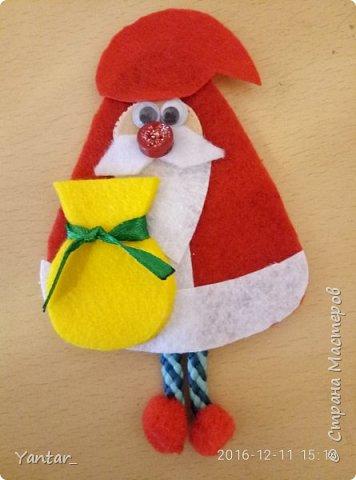 """Такие сувенирчики получились у меня в этом году. Не совсем """"Дед Мороз"""" в традиционном изображении, не совсем """"Санта Клаус""""... Я их ласково зову """"Дедушки"""". Для тех, кому они понравятся и захочется повторить, предлагаю мастер-класс. фото 11"""