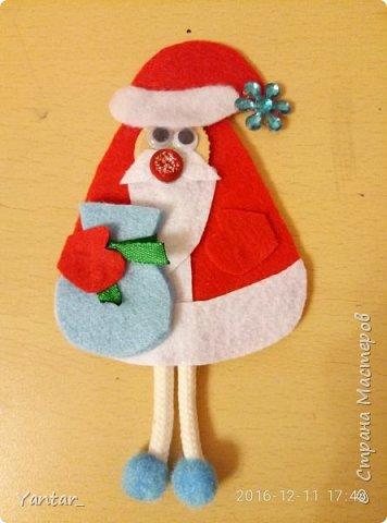 """Такие сувенирчики получились у меня в этом году. Не совсем """"Дед Мороз"""" в традиционном изображении, не совсем """"Санта Клаус""""... Я их ласково зову """"Дедушки"""". Для тех, кому они понравятся и захочется повторить, предлагаю мастер-класс. фото 1"""