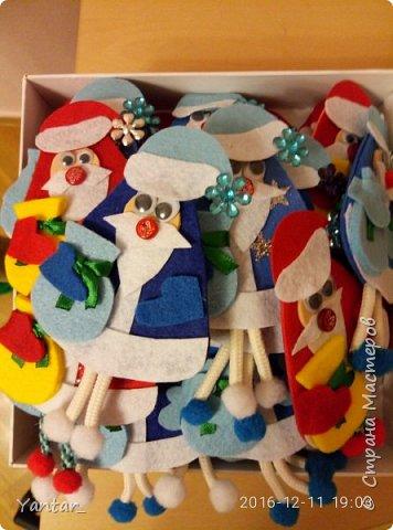 """Такие сувенирчики получились у меня в этом году. Не совсем """"Дед Мороз"""" в традиционном изображении, не совсем """"Санта Клаус""""... Я их ласково зову """"Дедушки"""". Для тех, кому они понравятся и захочется повторить, предлагаю мастер-класс. фото 13"""
