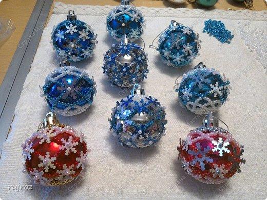 Вот такие Новогодние шарики я плету сама своими руками. фото 2