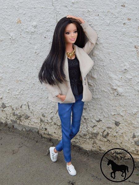Приветствую всех жителей Страны Мастеров! Недавно я сшила зимне-осеннее укороченное пальто для куклы.  фото 2