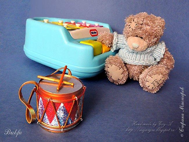 Всем очень громкий привет! Сегодня у нас то ли игрушка, то ли елочное украшение, а вернее, и игрушка и елочное украшение - ба-ра-бан!!!