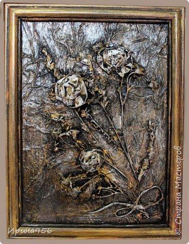 Остались цветочки от этой кусудамы https://stranamasterov.ru/node/581690 И приспособились сюда :) Размер цветов - около 7 см. Размер панно - А4. фото 13
