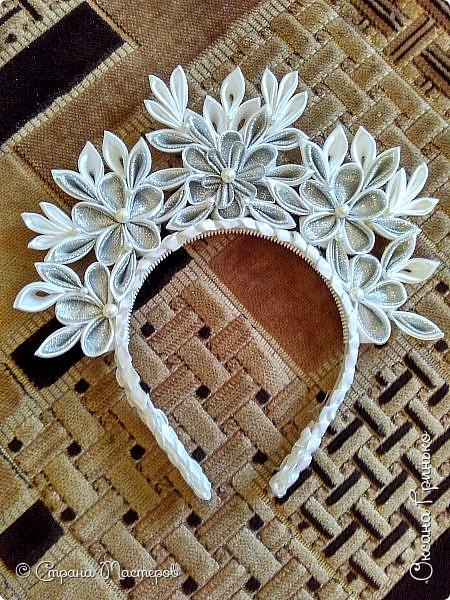 Вот такую корону  моя крестница получила на этот новый год. фото 1