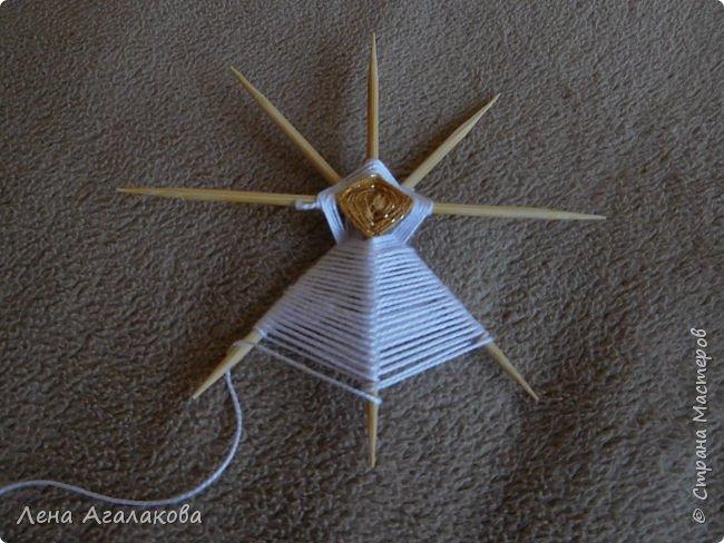 По просьбам выкладываю МК по плетению рождественского ангелочка из ниток. фото 21