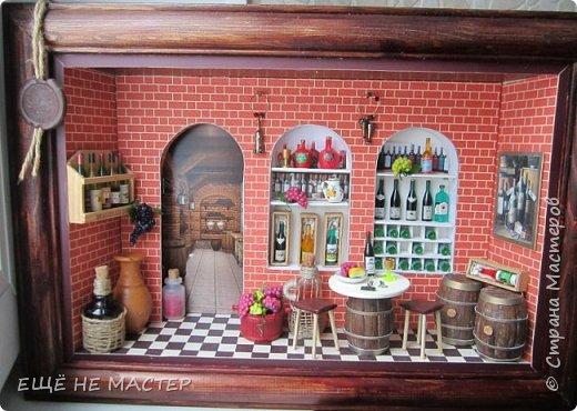 """Здравствуйте, дорогие гости""""! Закончила свою третью настенную миниатюру """" Мой погребок"""". Первая была """" Парижское кафе"""" http://stranamasterov.ru/node/942610, вторая """" Булочная- кондитерская"""" http://stranamasterov.ru/node/980769. Размер работы 25х35 см. фото 14"""