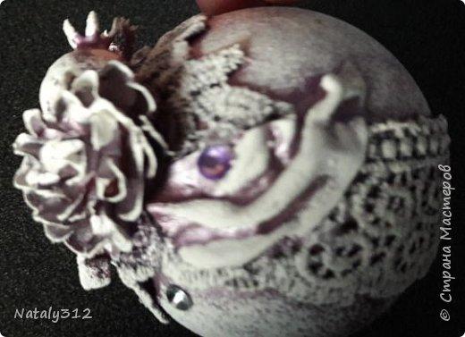 Оформила конфетницу для принцессы. К моему величайшему сожалению, цвет кареты камера передать никак не захотела. На самом деле цвет переливается сине-фиолетовыми оттенками. фото 10