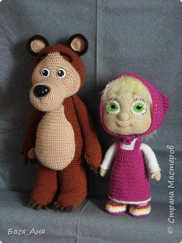Очень долго ничего не выкладывала и вот наконец -то  руки дошли.  Маша и медведь связанны на заказ.