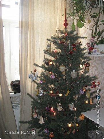 Плакат к НГ и елка с самодельными игрушками фото 18