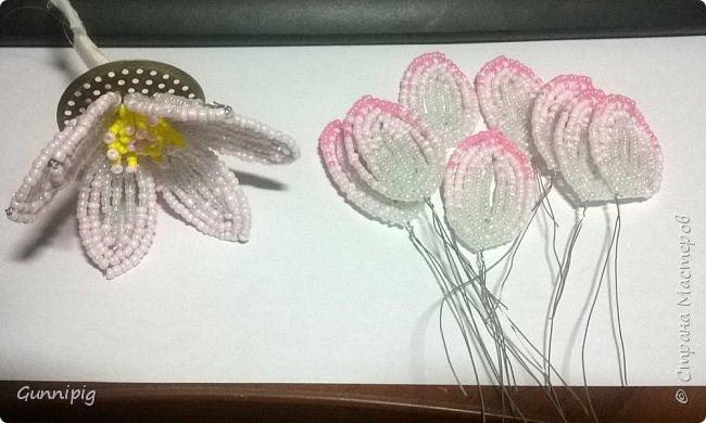Представляю Вашему вниманию мастер-класс по плетению цветка лотоса из бисера. фото 21