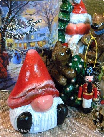 С Новым годом и Рождеством, дорогие мои жители Страны! В этот светлый праздник желаю вам и вашим близким мира и добра, любви и счастья, благополучия, успеха и крепкого здоровья! Пусть ангел-хранитель оберегает Вас  и Ваших близких от всех бед, а в душе воцарятся вера, покой и благодать!  Со светлым праздником Рождества!!! фото 1