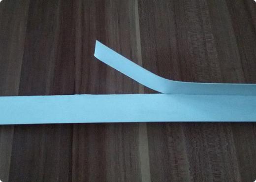 Здравствуйте мои дорогие соседи! Сегодня я расскажу, как вырезать ровно круг из переплетного картона.  фото 3
