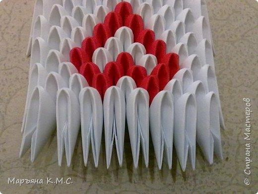 Создала вот такого сердечного лебедя.  Скоро День влюблённых. Может, кому-то пригодится. Авторская работа. фото 42