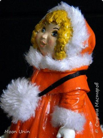 Всем привет! Продолжаю новогодне-зимнюю тему. Сегодня хочу показать вам девочку на коньках, немного винтажную;) фото 17