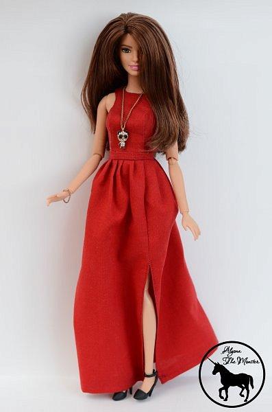 Приветствую всех жителей Страны Мастеров! Сегодня я представлю несколько нарядов для кукол. Во-первых, свадебное платье, туфли, букет и головной убор для куклы МХ. фото 6
