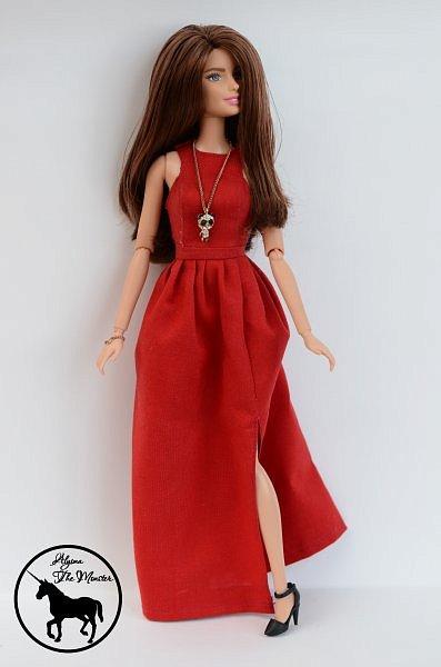 Приветствую всех жителей Страны Мастеров! Сегодня я представлю несколько нарядов для кукол. Во-первых, свадебное платье, туфли, букет и головной убор для куклы МХ. фото 7