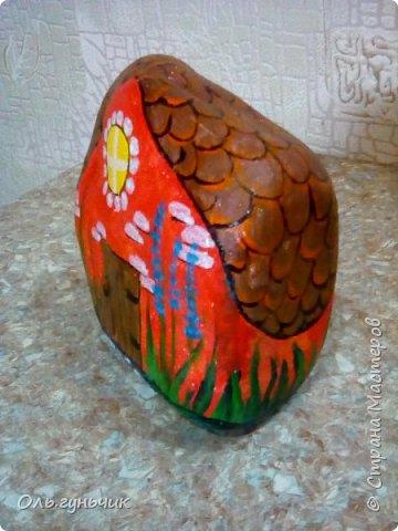 Привет всем жителям нашей любимой Страны Мастеров! Хочу показать вам мои каменные домики, которые я разрисовала для украшения своей дачи))) Рисовать совсем не умею, так что не судите строго))) Уж что получилось... фото 28