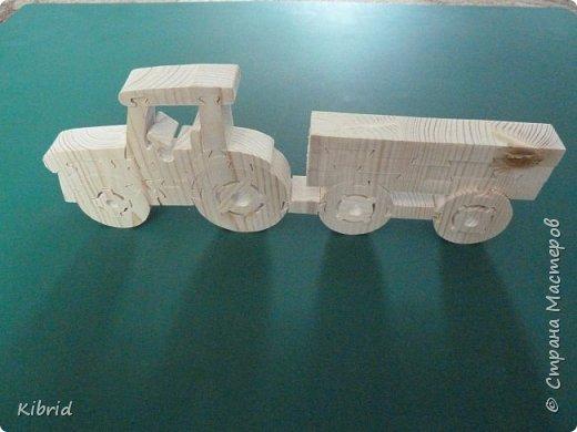 """Первый опыт в изготовлении пазлов-игрушек из массива дерева. """"Трактор с прицепом"""" фото 2"""