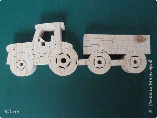 """Первый опыт в изготовлении пазлов-игрушек из массива дерева. """"Трактор с прицепом"""" фото 1"""