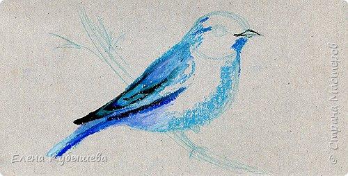 """Друзья, сейчас я увлеченно рисую пастелью, готовлю МК для вас на курсе <a href=""""http://stranamasterov.ru/workshop16"""">Сам себе художник</a> и хочу поделиться одним из заданий. Это Синяя Птица Удачи!   Мы желаем друг другу удачи по разным поводам. На праздники и в повседневной жизни, напутствуя кого-то в дорогу, на работу, экзамен, просто в любых начинаниях!  Размышляя о символах наших пожеланий, я всегда представляю яркую синюю птичку. Предлагаю вам изобразить свою птицу удачи в технике пастели.  фото 7"""