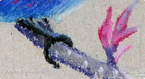 """Друзья, сейчас я увлеченно рисую пастелью, готовлю МК для вас на курсе <a href=""""http://stranamasterov.ru/workshop16"""">Сам себе художник</a> и хочу поделиться одним из заданий. Это Синяя Птица Удачи!   Мы желаем друг другу удачи по разным поводам. На праздники и в повседневной жизни, напутствуя кого-то в дорогу, на работу, экзамен, просто в любых начинаниях!  Размышляя о символах наших пожеланий, я всегда представляю яркую синюю птичку. Предлагаю вам изобразить свою птицу удачи в технике пастели.  фото 15"""