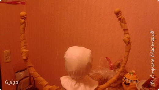 """Моя первая кукла и мой первый МК. Делала для конкурса """"Масленица"""" в детский сад. Кукла высотой 46 см, вместе с блином-солнышком высота составляет 60 см. фото 14"""