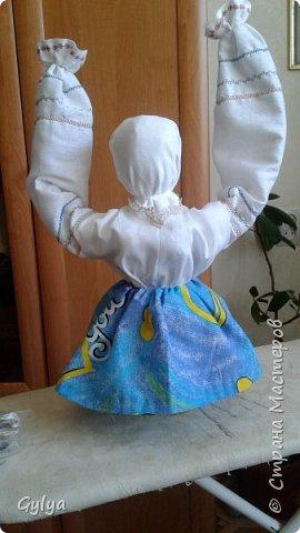"""Моя первая кукла и мой первый МК. Делала для конкурса """"Масленица"""" в детский сад. Кукла высотой 46 см, вместе с блином-солнышком высота составляет 60 см. фото 23"""