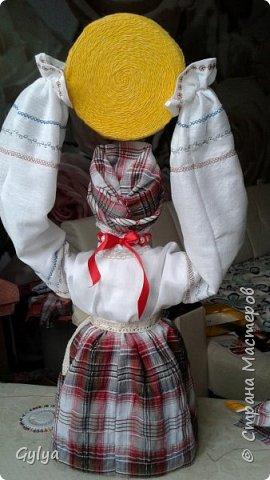 """Моя первая кукла и мой первый МК. Делала для конкурса """"Масленица"""" в детский сад. Кукла высотой 46 см, вместе с блином-солнышком высота составляет 60 см. фото 41"""