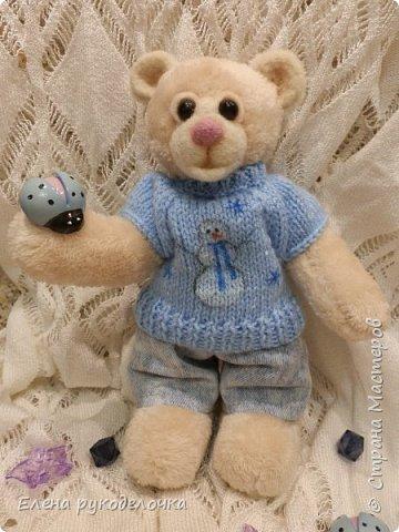 Сотворился у меня миленький мишка. Назвала я его Франтик. Делала я его в подарок другу и очень хорошему человеку. фото 6