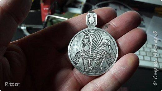мотив взят с монеты страны Чад 2016, 3000 франков