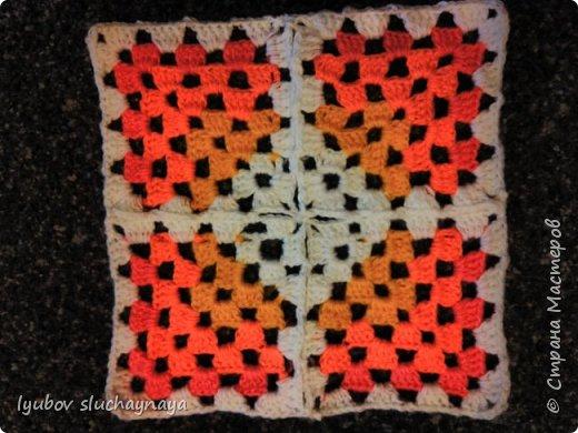 Волшебство бабушкиного квадрата - чехлы на табурет крючком - мини МК фото 3