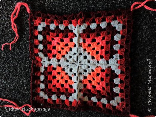 Волшебство бабушкиного квадрата - чехлы на табурет крючком - мини МК фото 9