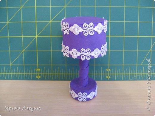 Табурет для феечки. Похож на настольную лампу, но это - табурет. фото 15