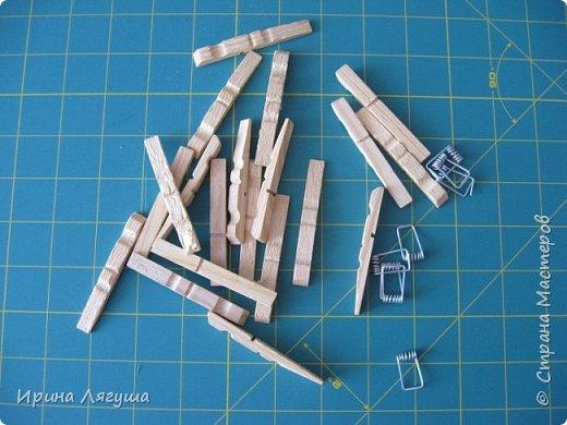 Продолжаю искать модель стульчика для феечки. Картинку подобного нашала в Интернете. Спасибо автору за идею. Клей заменила пистолетом (горячая склейка). фото 3