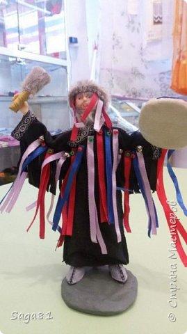 Всем доброго дня!!!!Решила показать новые работы. Это два шамана ,учитель и ученик. фото 6