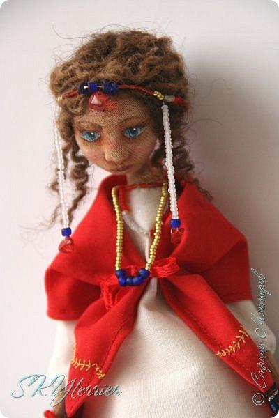 Всем здравствуйте! Выставляю на ваш суд новую куколку! :) Делала ее в подарок маме на 8 марта.  фото 1