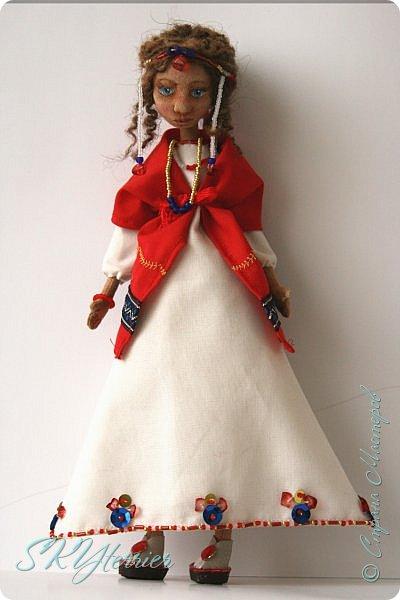 Всем здравствуйте! Выставляю на ваш суд новую куколку! :) Делала ее в подарок маме на 8 марта.  фото 2