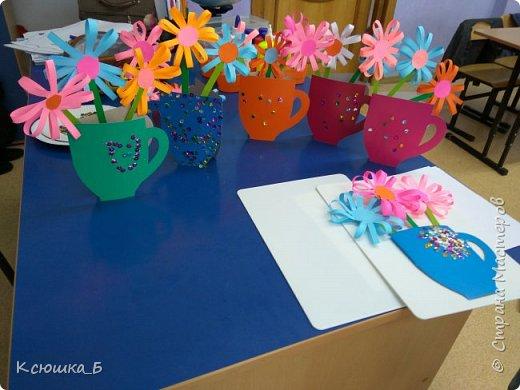 С дошколятами делали подарки для любимых мам)  фото 1