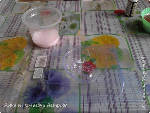 Здравствуйте, сегодня я расскажу как сделать красивое мыло, в виде розы. фото 7