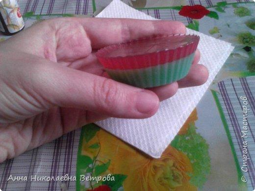 Здравствуйте, сегодня я расскажу как сделать красивое мыло, в виде розы. фото 6