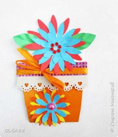Здравствуйте, жители Страны Мастеров! Готовимся с детьми к празднику 8 марта. Сделали открытки в форме цветочного горшка. фото 2