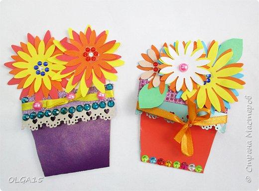 Здравствуйте, жители Страны Мастеров! Готовимся с детьми к празднику 8 марта. Сделали открытки в форме цветочного горшка. фото 3