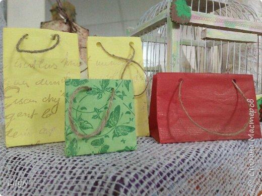 Подарочный пакет из упаковочной бумаги фото 1