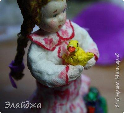 """Привет Всем! Эта вторая  игрушка моей новой серии """"Дети в деревне"""". Первая игрушка , для тех кому интересно тут (http://stranamasterov.ru/node/1083581) Для всех детей в деревне самое большое открытие и чудо - это рождение маленьких утят-цыплят! Ну не чудо поймать такого маленького пушистика  и разглядывать как у него ручки- ножки работают! Почему мама  не желтая ,а  утятки все желтенькие? А плавать они умеют?..Ой сколько вопросов...    фото 7"""
