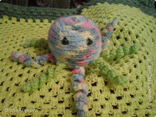 Вот такие подарки для маленького чуда - Анютки: комфортер и просто игрушка-погремушка-гусеничка из киндер-сюрпризов фото 2