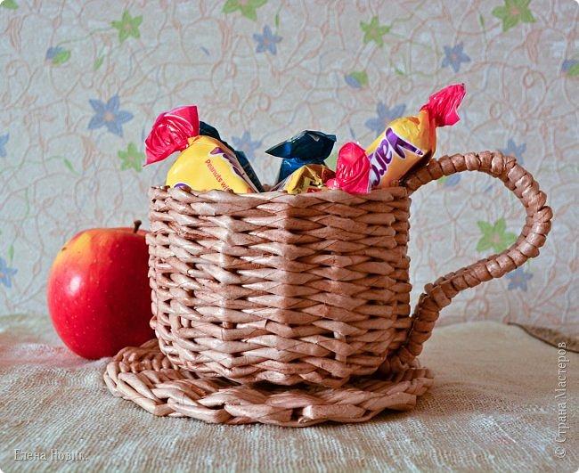 Мебель внучке в кукольный домик. Спасибо за МК Марголине http://stranamasterov.ru/user/15396. У меня, конечно, получилось  не так красиво, но я старалась. фото 3