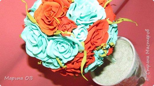 Розочки выполнены из фоамирана фото 1